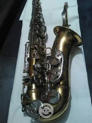 Saxofon alto ida maria Grassi alto hecho en Italia