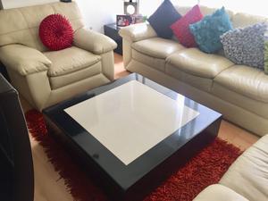 Mesa de centro + 2 mesas esquineras + tapete