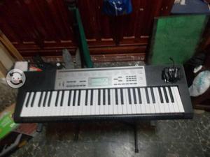 Oferta teclado pracricamente nuevo en buen estado