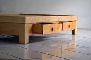Base de cama de madera con 4 cajones posot class for Base de cama matrimonial con tarimas