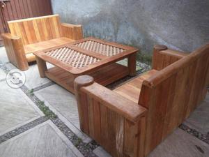 Sala con mesa de centro