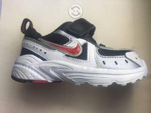 Tenis Nike originales 11 cm