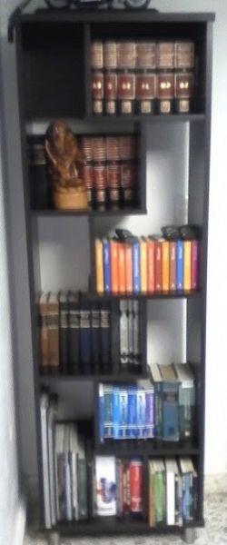 Librero - Anuncio publicado por Claudia Anaya