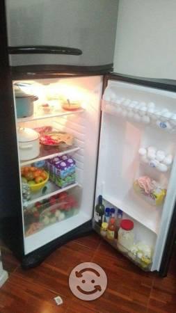 Refrigerador Blue Point Diseño Moderno y Elegante