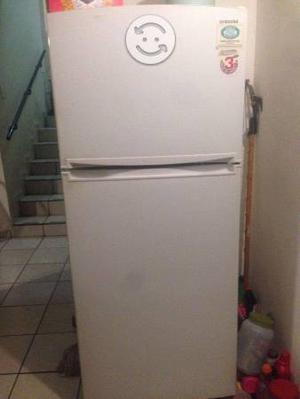 Refrigerador SAMSUNG de 6 pies