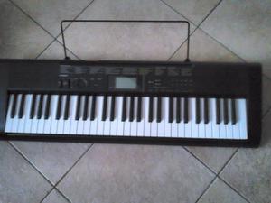 TECLADO (PIANO 5 OCTAVAS) CASIO