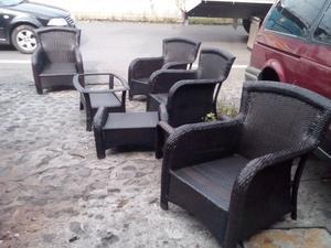 Todo tipo de muebles de rattan y mimbre