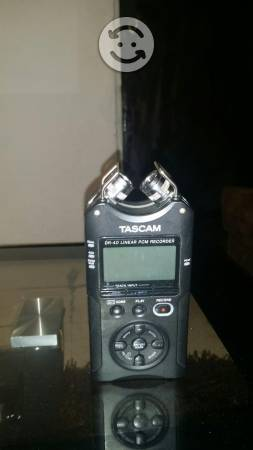 Grabadora digital portatil de voz tascam Dr-40 4-