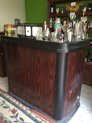 Cantina bar de madera para casa posot class for Bar movil de madera