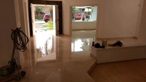 Pulido de pisos de mármol