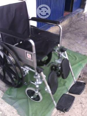 Silla everest&jennings de ruedas