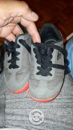 Tenis y zapatos niño
