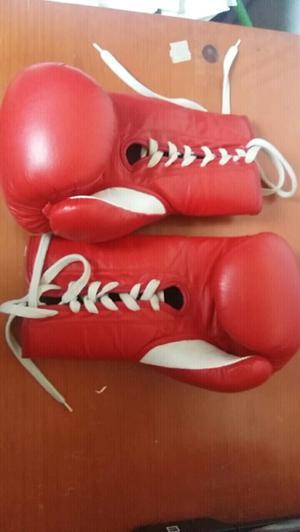 NUEVOS!!! Guantes de boxeo 12oz. Marca Machuka