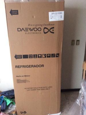 Refrigerador DAEWOO nuevo