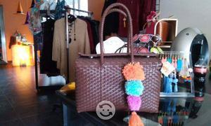 Carteras y bolsas artesanales