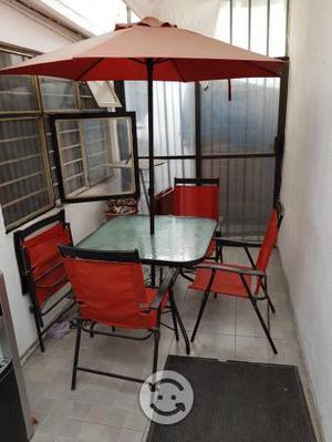Juego de jardín 4 sillas, mesa y sombrilla