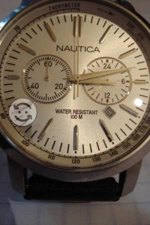 Reloj NAUTICA con cronos y fechador