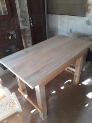 Mesa de madera 1.20 cm
