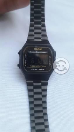Reloj casio negro mate