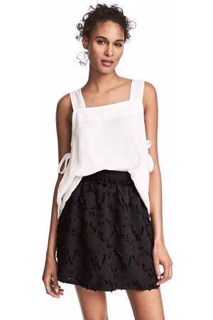 Falda negra H&M nueva jacquard