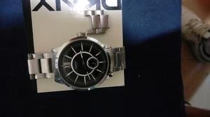 reloj de caballero DKNY