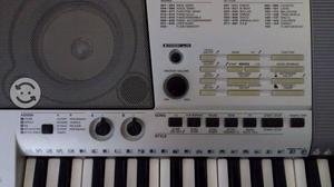 Teclado Musical Yamaha PSR E Octavas Piano
