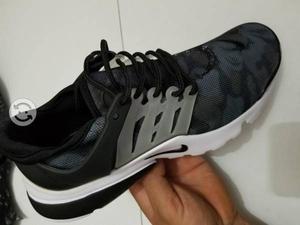Tenis Nike presto talla 26