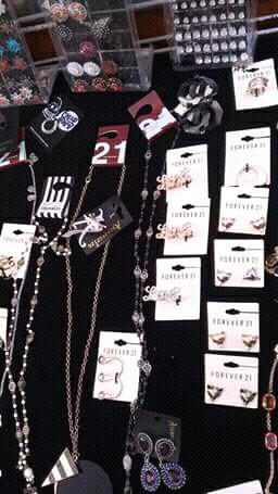 Caja de accesorios y bisutería FOREVER21