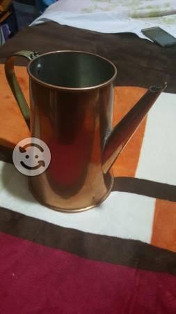 Cafetera de cobre grande