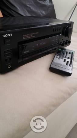 Recibidor amplificador sony con su control