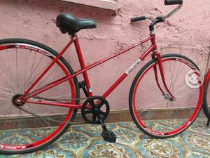 Bicicleta ligera y rapida de carreras ruta pista