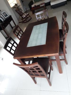 Comedor (mesa y 6 sillas)