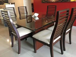 Mesa comedor de cristal templado con 6 sillas de madera