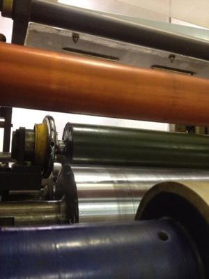 Rodillos cobrizados en proceso electrolítico industrial