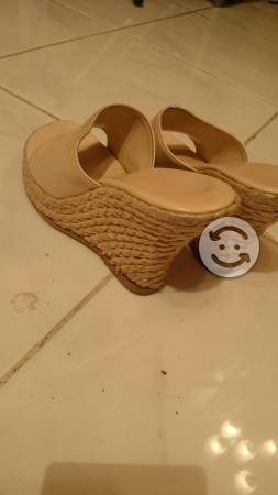 Sandalias color hueso num 4