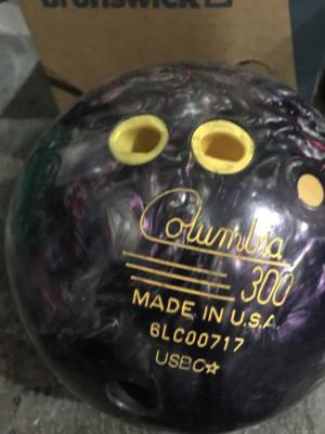 4 bolas de boliche reactivas por $450, con mochila de