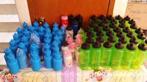Lote de botellas de agua termos 79 piazas en total
