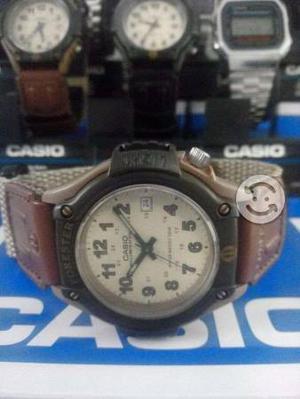 Reloj casio NUEVO/ORIGINAL