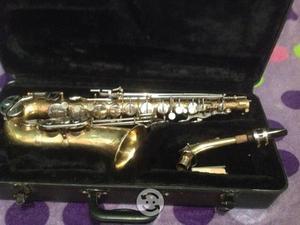 Saxofón alto selmer bundy II USA