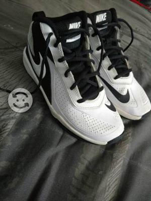 Tenis Nike blancos