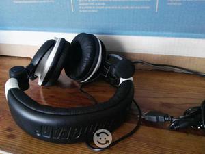 Audifonos DreamGear para Xbox 360 y PC