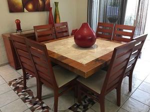 Remato Comedor Mármol y madera 8 sillas y una bufetera