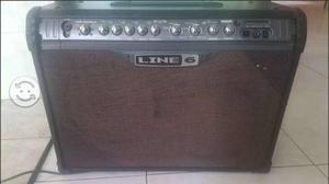 Amplificador Line 6 de 120 w
