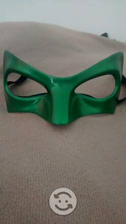 Antifaz linterna verde