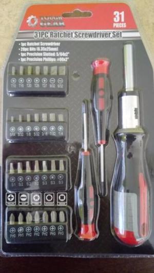 Juegos de herramienta con desarmadores, puntas y dados