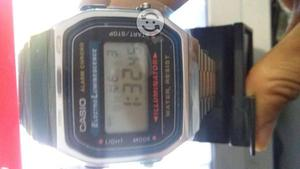 Reloj Casio Digital (Illuminator)