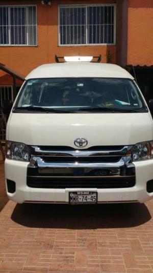 Renta de Camionetas Económicas y Autobuses