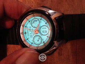 Reloj CASIO CON BELLA LUZ 3ESFERAS AQ163 ORIGINAL