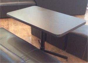 mesa para cafetería