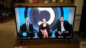 """Pantalla LG DE 43"""" Smart tv"""